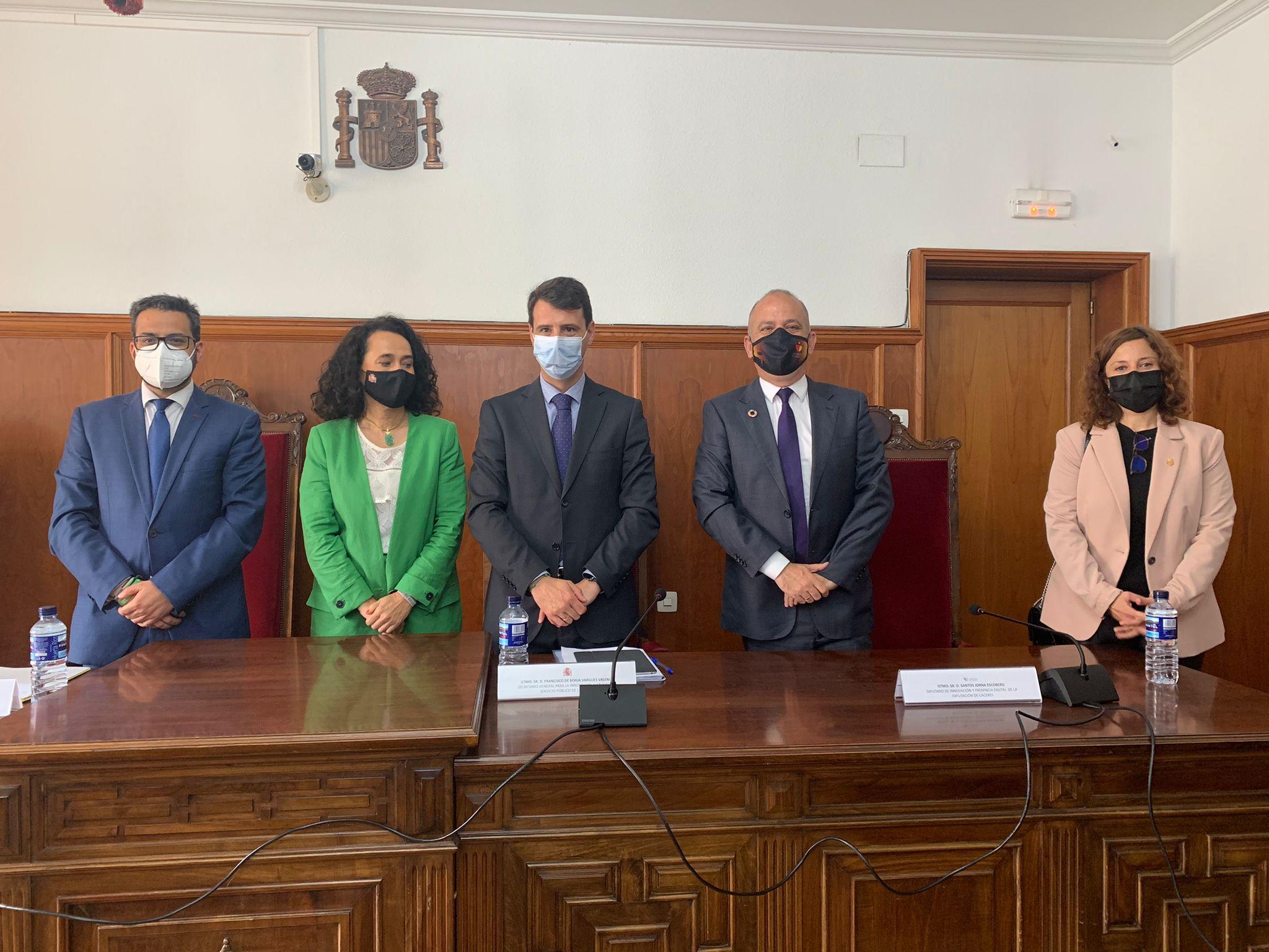 Diputación de Cáceres colabora en la digitalización de la Justicia extremeña