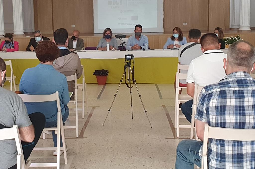 Los diputados Álvaro Sánchez Cotrina